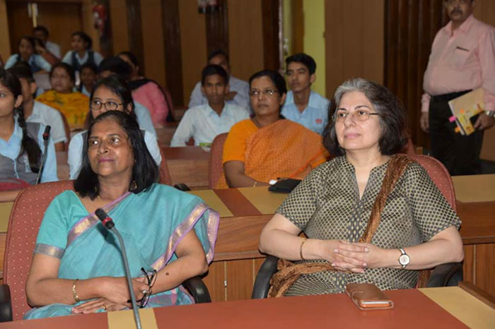 Joint Secretary (Admn.), DST attending lecture on Clean Energy along with  students of Navyug School, New Delhi