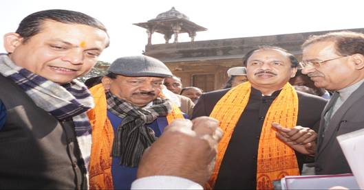 The Union Minister of Science and Technology and Earth Sciences, Dr. Harsh Vardhan along with Minister of State for Culture and Tourism (Independent charge) Dr. Mahesh Sharma to survey the historical places and monuments.