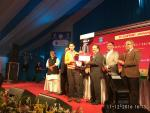 Hon'ble Minister of S&T & ES Dr Harsh Vardhan presents silver medal of DST INSPIRE award 2016 to Shiva Jyoti Choudhury