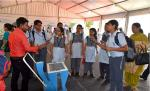 Demonstration of Wrapper Picker before students of Chinmaya Vidyalaya, New Delhi during Exhibition organised in DST during Swachhta Pakhwada